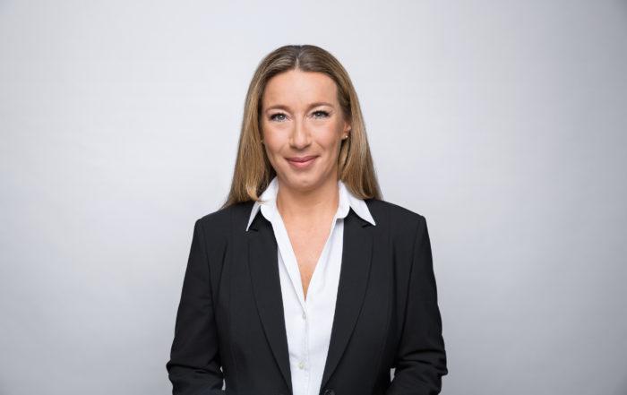 DEKRA Arbeit Gruppe Frau Bernhard